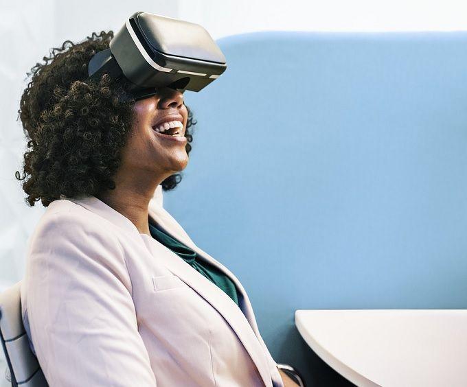4 Servicios para la realización de reuniones de realidad virtual