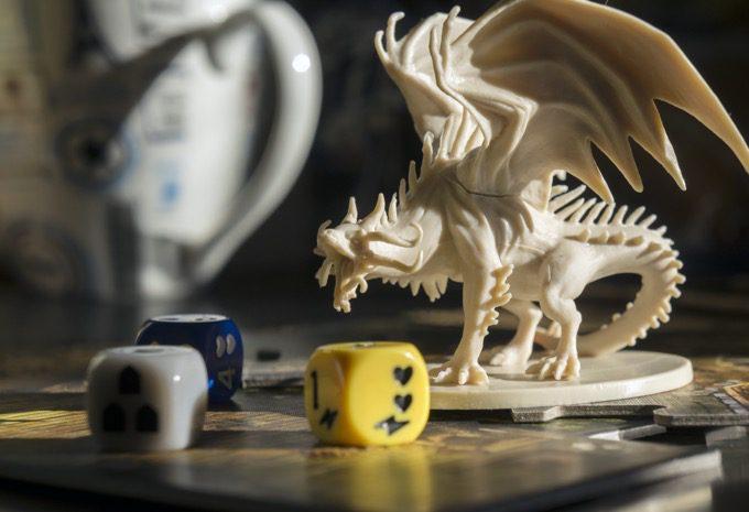 13 mejores regalos de mazmorras y dragones para jugadores de DND