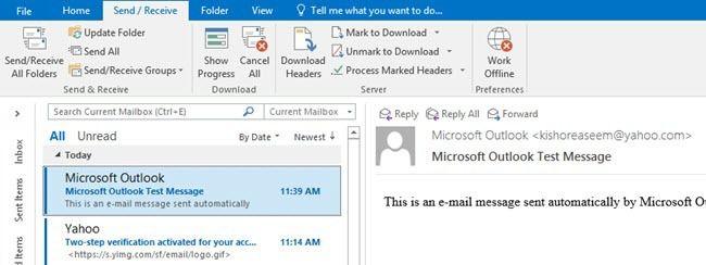 Outlook cargando correos electrónicos