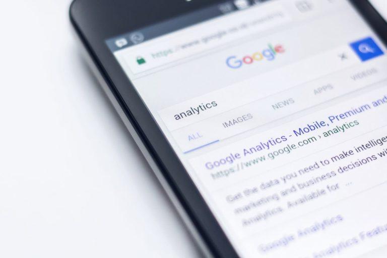 Busca en Google filtrando dominios individuales