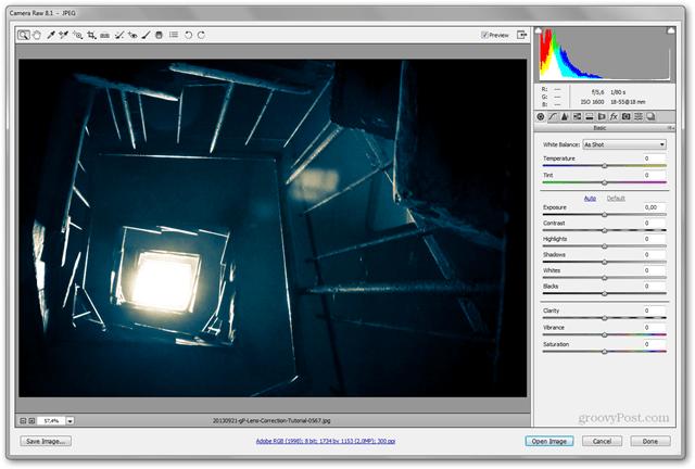 Correcciones de lentes en Lightroom y Photoshop El panel de distorsión de corrección de lentes corrige fotografías abiertas de Camera Raw
