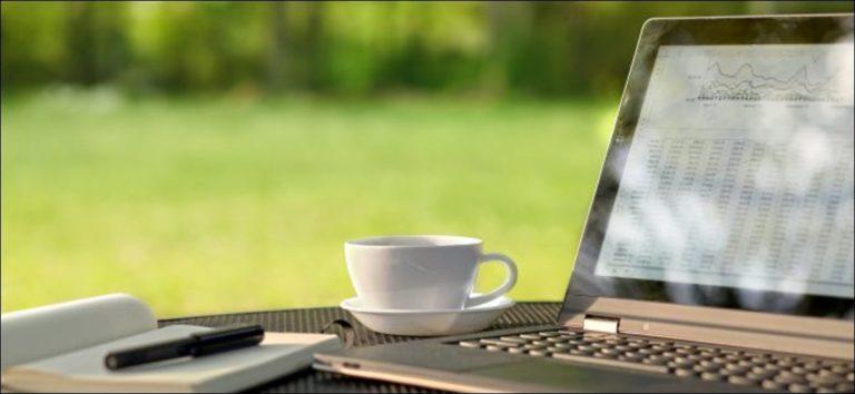 Cómo ajustar el brillo de la pantalla de su PC, de forma manual y automática
