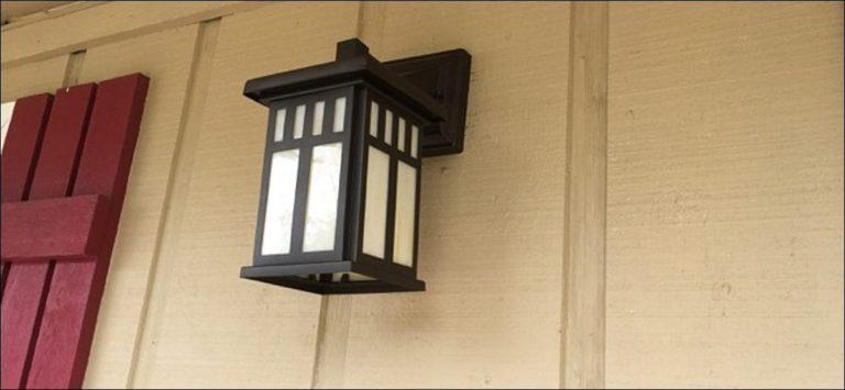 Cómo encender automáticamente una luz de porche cuando se detecta movimiento