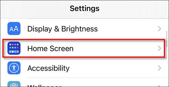 """En la configuración de iPhone, toque """"Pantalla de inicio."""""""