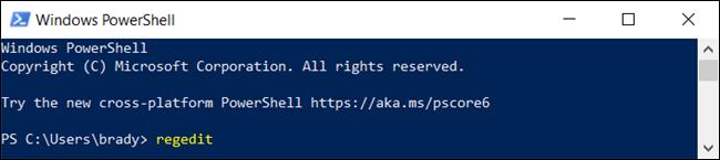 """los """"regedit"""" orden en un """"Windows PowerShell"""" ventana."""