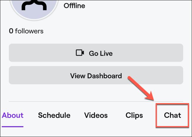 """En el perfil de tu canal, haz clic en el """"Discutir"""" opción."""