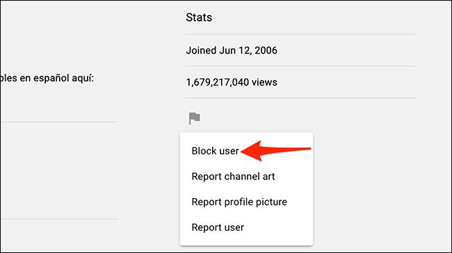 """Elegir """"Bloquear a un usuario"""" en el menú de banderas de YouTube."""